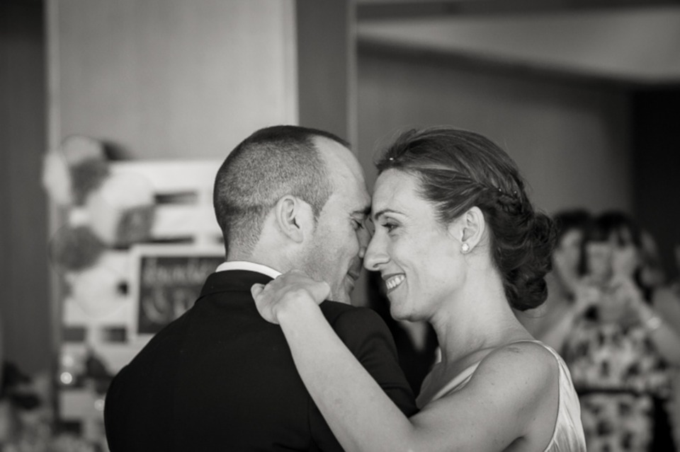 Why You Need to Book Your Phoenix Wedding DJ Quickly