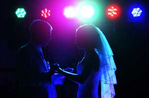 Hire a Phoenix Arizona Professional Wedding DJ for your special event